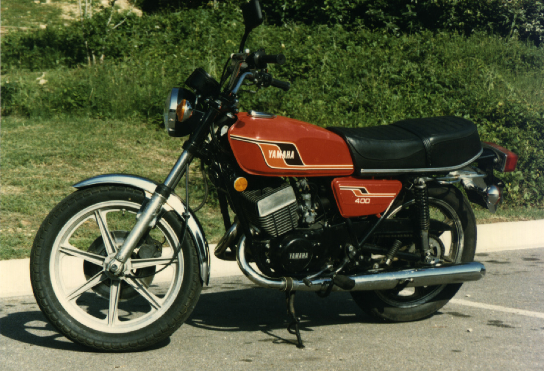Picture Gallery - Directory: pix/bikes/yamaha/2-stroke
